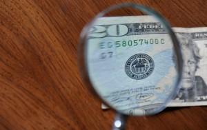 Detect-Counterfeit-US-Money-Step-5